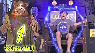 Best Halloween Animatronics Store EVER - Rubies Flagship VIP Store Tour