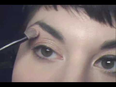 "Gwen Stefani ""4 In The Morning"" Look"
