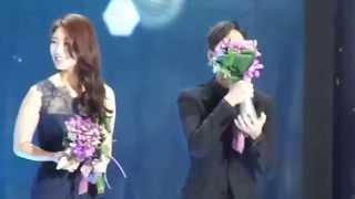 Video Kim Soo Hyun -SBS 2014 Drama Award-10大之星-Part 2 download MP3, 3GP, MP4, WEBM, AVI, FLV Maret 2018