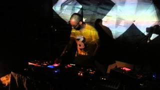 Korg emx1 - esx1 KP3+ minikp2 - KP2 - idm - flashcore - breakcore - live act - guatemala