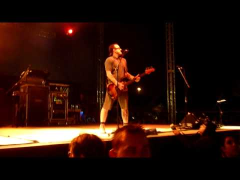 Weezer- Dope Nose Live In HD @ Del Mar Race Track 2010