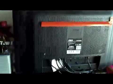Como colgar tv oki 32 en pared de forma youtube - Colgar la tele en la pared ...