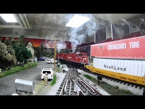 Model Train Layout Trackside- Canadian Pacific Intermodal, Great Northern, Erie Frt, MOW Speeder