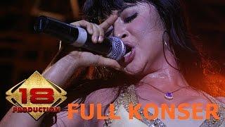 """Download Video LIHAT!! GOYANG HOT """" DEWI PERSIK BIKIN BASAH PENONTON .. (LIVE KONSER JAWA TIMUR 3 FEBRUARI 2006) MP3 3GP MP4"""