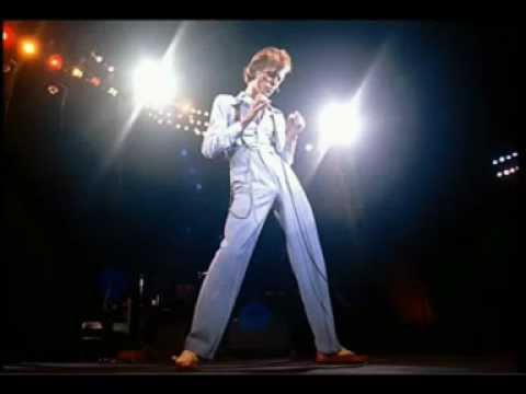 BOWIE -Knock on Wood- (DAVID LIVE)