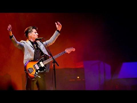 Arctic Monkeys - Do I Wanna Know? - Live @ Glastonbury 2013 - HD