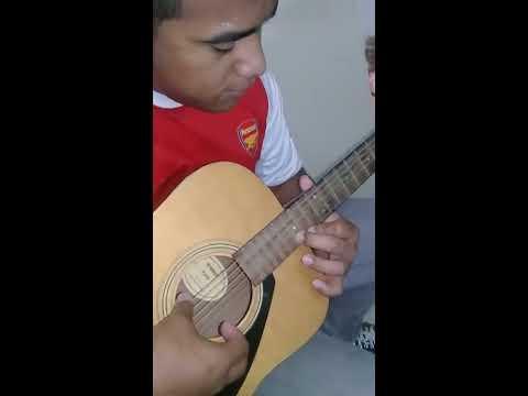 Tuvaluan Boy plays DESPACITO 🤘 👌