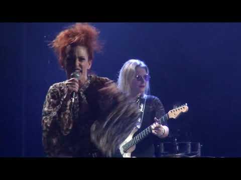 Strange kind of women - Mistreated  - live at La Grande Ourse Concert Hall