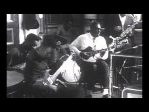 Howlin' Wolf ~ ''Back Door Man''& ''Down In The Bottom''(Electric Psychedelic Blues 1968)
