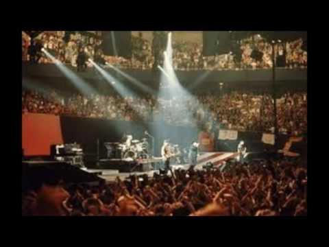 u2 spanish eyes 09281987 madison square garden new york - U2 At Madison Square Garden