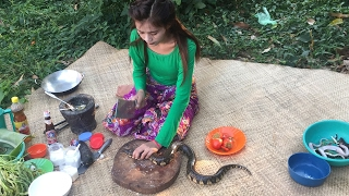 village food factory - Beautiful Girl Cooking Water Snake - traditional food in cambodia