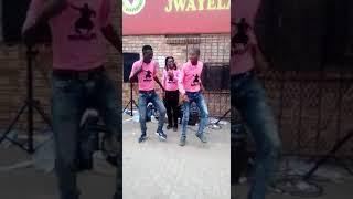 Mamillion track umculo wami new album😍😍🎧🎧🎤🎤🎤