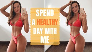 SPEND THE DAY WITH ME: Eating, Training, Working!