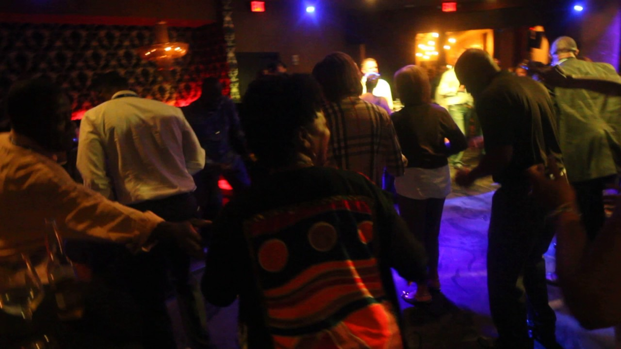 DJ XPLOSIVE PERFORMS AT THE VAULT NIGHTCLUB DOWNTOWN CLEVELAND - YouTube