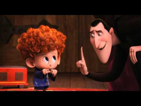 Hotel Transylvania 2 - Dracula tryes teaches Dennis turning into a Bat