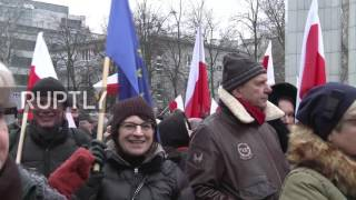Poland: Protest erupts afresh as government seeks to curb press freedom