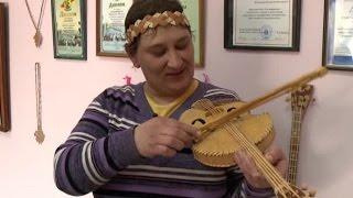 Мастерица из Тавды создаёт коллекцию берестяных музыкальных инструментов(, 2016-06-07T15:11:30.000Z)