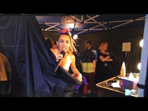 Miley Nip Slip, Nicki Diss - MTV VMAs 4 Things You Didn't See