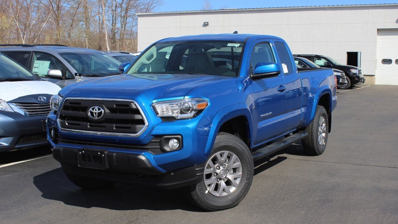 2017 toyota tacoma sr5 access cab 4wd in depth first person look youtube. Black Bedroom Furniture Sets. Home Design Ideas