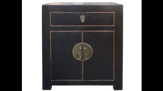 Rustic Black Color Moon Face Solid Wood End Table / Night Stand F952