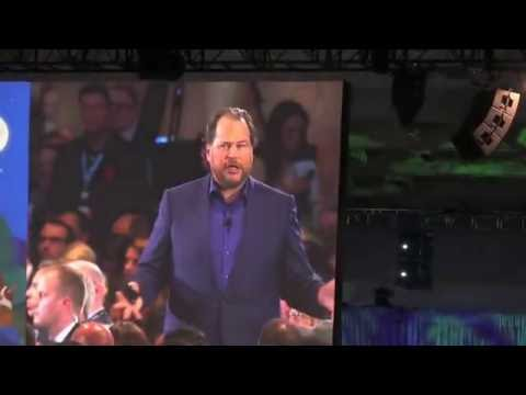 Dreamforce 2016:  marc benioff and alex dayon - Moscone center North, San Francisco -  10 5 2016