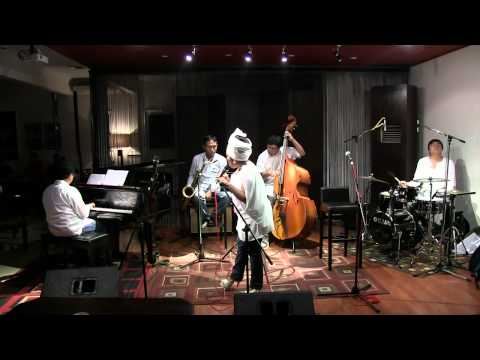 Rieka Roslan - Ijinkan Aku Menyayangimu @ Mostly Jazz 30/03/12 [HD]