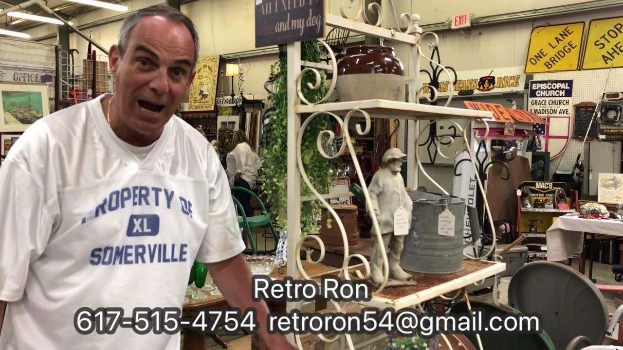 Retro Ron is at Lakewood 400 - Hall F