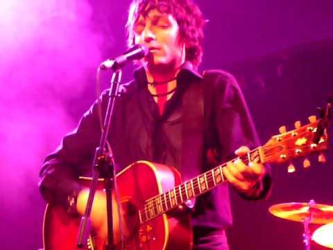 2007-11-06 Jesse Malin - Broken Radio (London, UK).MOV