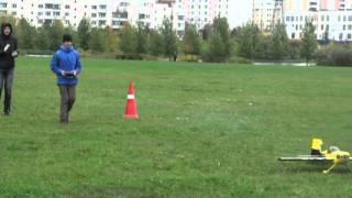 2011_Фестиваль авиамоделей.mpg(2 октября 2011 г. в Южном Бутово под руководством юношеского научно-технического центра