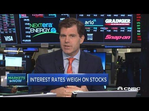 Rise in interest rates spooks investors