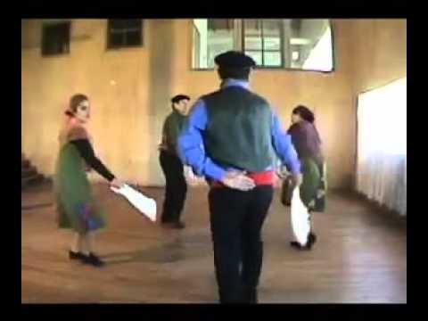 Baile tipico zona sur de chile la pericona youtube for Grabado de cristales zona sur