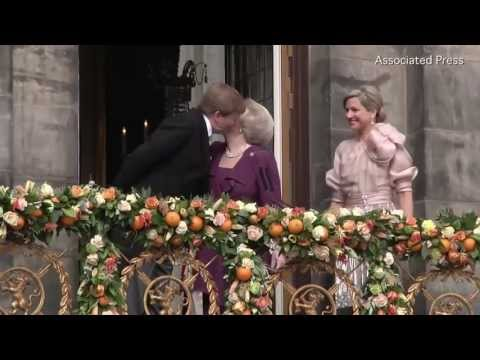 First Dutch King in 120 Years Is Crowned