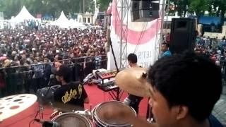Suci dalam debu - afandi GERANIUM - drum camp