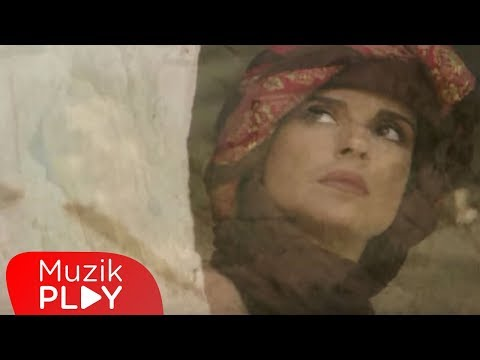 Ayşegül Aldinç - Al Beni (Official Video)