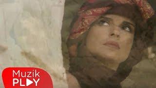 Ayşegül Aldinç - Al Beni (Video)