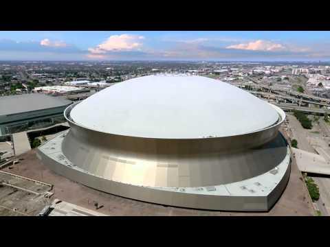 Strip the City - Zo blijft het stadion van New Orleans staan bij een zware orkaan