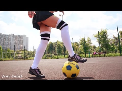 Hot girl playing soccer and performs ball tricks!