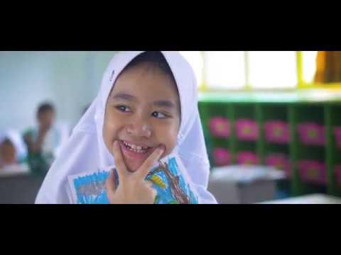 EMBUN LALITA With PELANGI KIDS - Que Sera Sera (Cover)