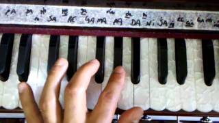 Learn how to play harmonium 01 (Prabhupada mahamantra)