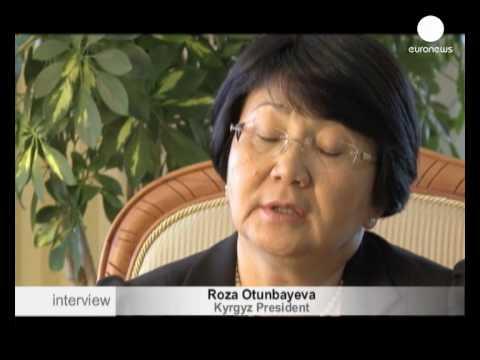Otunbayeva Kırgızistan'a istikrar getirebilecek mi?