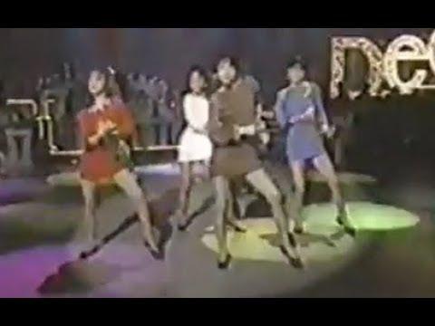 『BOOM BOOM』② spinning Dee-Dee  (1987)