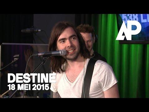 De Avondploeg – Destine speelt hun nieuwe single!