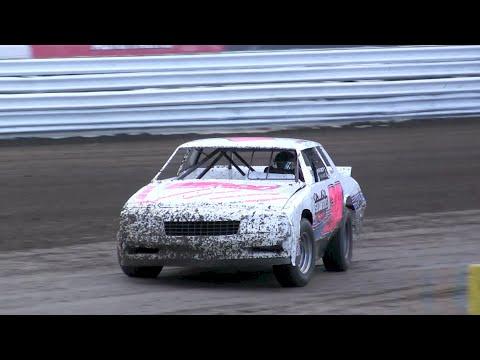 V8 Thunder Stocks - Volusia Speedway Park 7-16-16