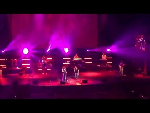 Ishq Wala Love | Neeti Mohan | Vishal & Shekhar Live in Singapore 2015 Part 05