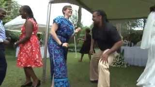MC Wandaro  -  Entertaining Married Couples