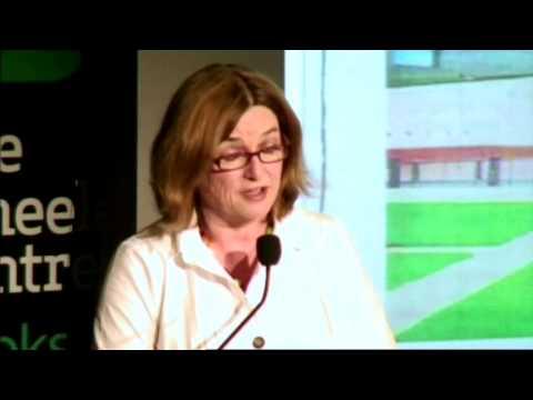 Lunchbox/Soapbox: Hannie Rayson: Grabbing the Limelight