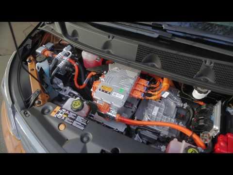 2017 Chevrolet Bolt EV | Real World Review | Autotrader