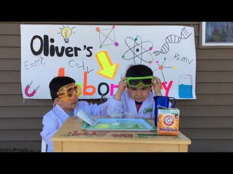 Ollie and Theo the science guys