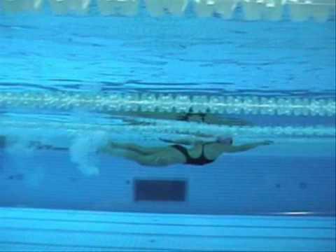 Tecnica nataci n bajo el agua entrenafondo youtube Imagenes de hoteles bajo el agua