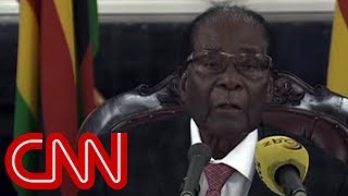 Zimbabwe's Robert Mugabe refuses to resign